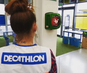 INFORMAME cardioprotege las tiendas Decathlon del País Vasco